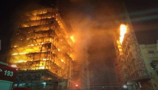 desabamento do prédio em São Paulo incêndio
