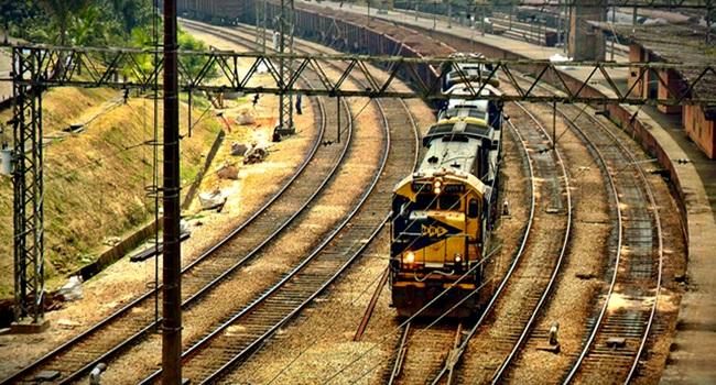 dilema do trem experimento que é um cenário clássico entre filósofos e sociólogos