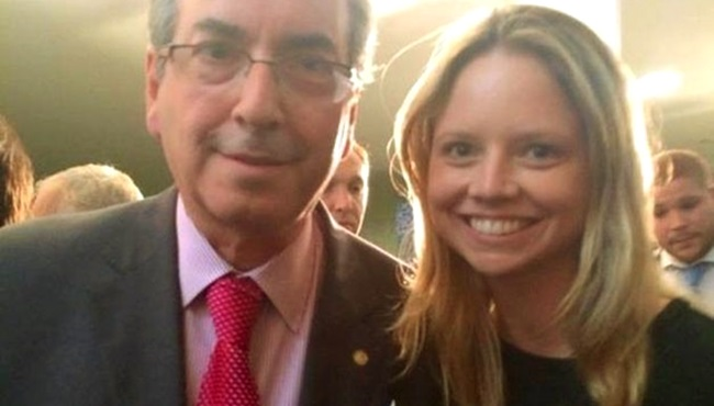 Eduardo Cunha lança filha candidata e ela busca apoio de evangélicos