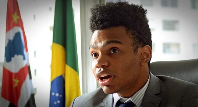 Justiça condena vereador Fernando Holiday por comunicação falsa de crime São Paulo