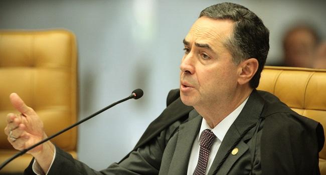 Luís Roberto Barroso faz no STF professor errado