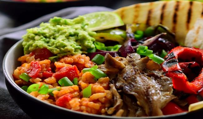 Nutricionista de Harvard recomenda fim do consumo de carne para vida mais longa