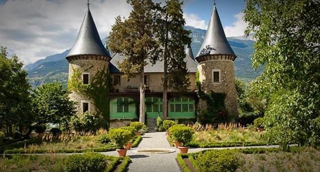 Diário secreto achado em castelo francês trata de sexo, infanticídio e religião