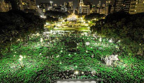 mulheres-argentinas-lencos-verdes-revolucao
