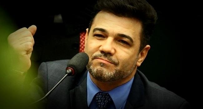Enquete do pastor Feliciano sobre depressão revolta internautas twitter