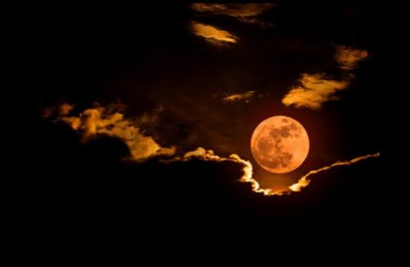 eclipse lua de sangue