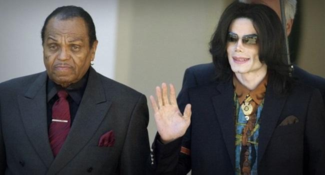 Michael Jackson foi submetido à castração química revela médico Conrad Murray