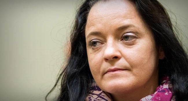 Beate Zschäpe Neonazista é condenada à prisão perpétua na Alemanha