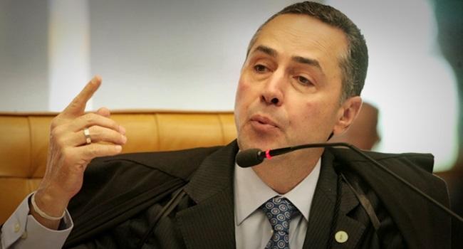 Barroso atos internacionais vinculantes jurídico Lula