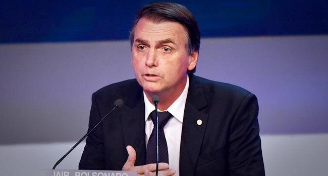 Bolsonaro entende público e o privado dinheiro funcionária fantasma