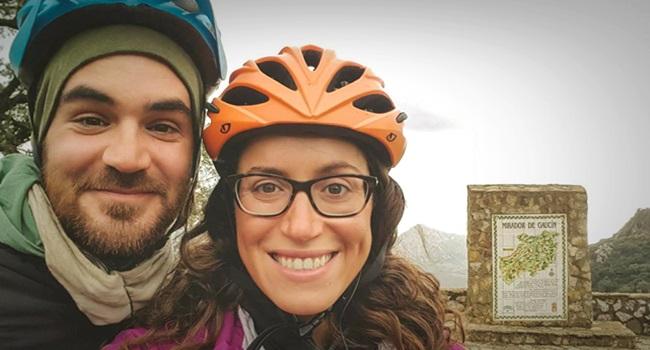 Casal de ciclistas viagem de volta ao mundo morte trágica