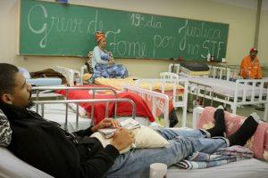 grevistas-de-fome-camas-hospitalares