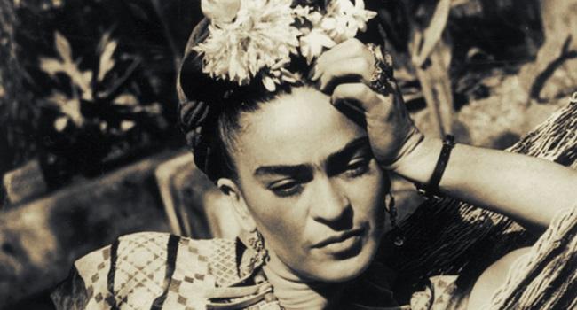 identidade complexa vida Frida Kahlo feminismo
