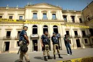 ataque-da-direita-ao-psol-na-tragedia-do-museu-nacional-e-covarde