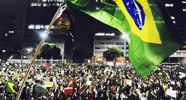 facada mortal criou assassinou eleitores eleições 2018 bolsonaro