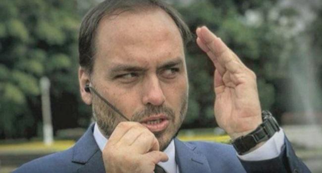 Carlos Filho de Bolsonaro denunciado apologia à tortura