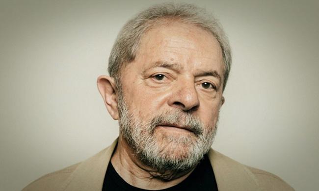 Folha de S. Paulo entrevista Lula na prisão florestan fernandes