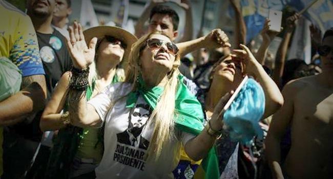 mulheres que votam em Bolsonaro eleições 2018 machismo