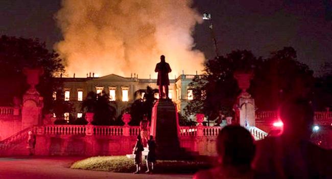 tragédia do Museu Nacional tempos sombrios golpe temer
