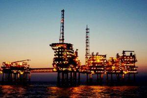 bolsonaro-promete-entregar-petroleo-brasileiro-aos-estrangeiros