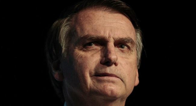 Denúncia contra Bolsonaro caixa 2 empresário internet eleições tse