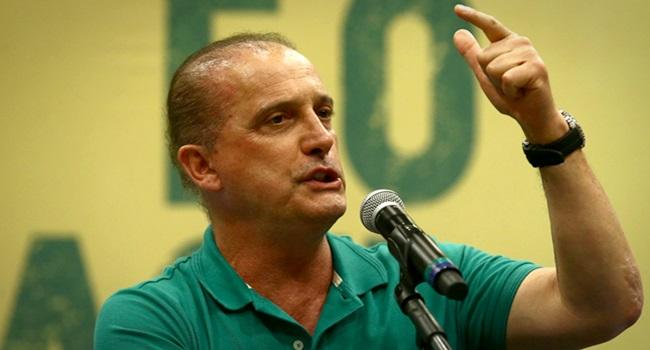 Homem forte Bolsonaro promessa impossível