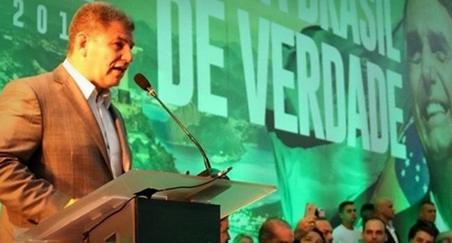 Presidente do PSL Bolsonaro debates com Haddad