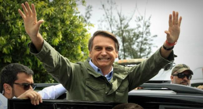 eleição do Bolsonaro legítima fascismo brasil direita