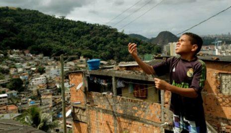 enorme-desigualdade-entre-negros-e-brancos-no-brasil