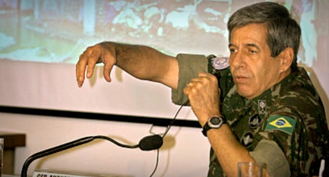 Augusto Heleno General de Bolsonaro ataque militar Venezuela