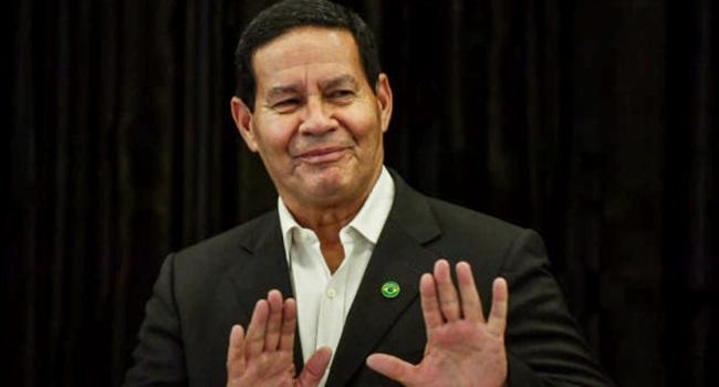 General Mourão lucidez manicômio Bolsonaro direita