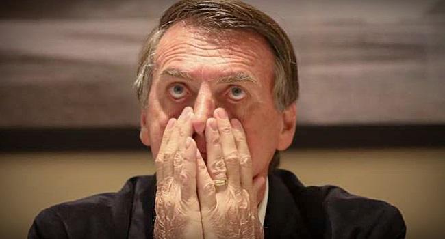 Bolsonaro é desafiado a controlar barraco de correligionários no WhatsApp