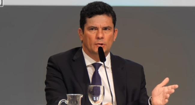 explicação de Moro aceitado o convite de Bolsonaro
