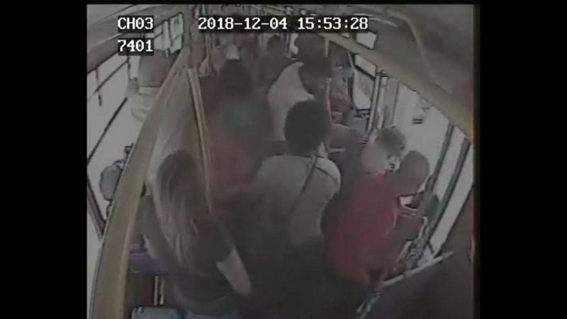 Ariane Arias dos Santos ônibus