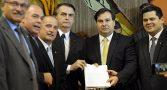 bolsonaro-entrega-reforma-da-previdencia-e-blinda-militares