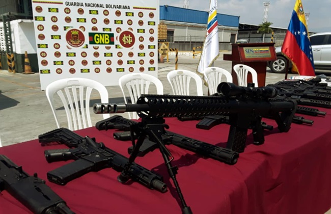Carregamento de armas EUA apreendido na Venezuela