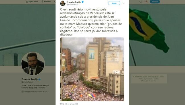 Chanceler de Bolsonaro divulga fake news Venezuela