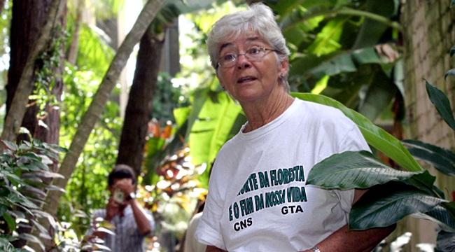 Dorothy Stang floresta que sangra ruralistas meio ambiente agronegócio