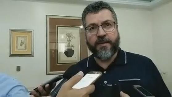 Ernesto Araújo pior diplomata do mundo