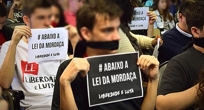 Escola Sem Partido Câmara dos Deputados Lei da Mordaça Bia Kicis