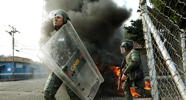 Espanha condena intervenção militar na Venezuela