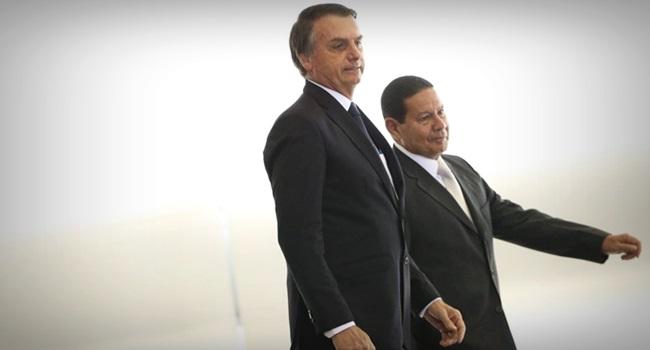 espectro ronda o Brasil militarismo mourão forças armadas democracia