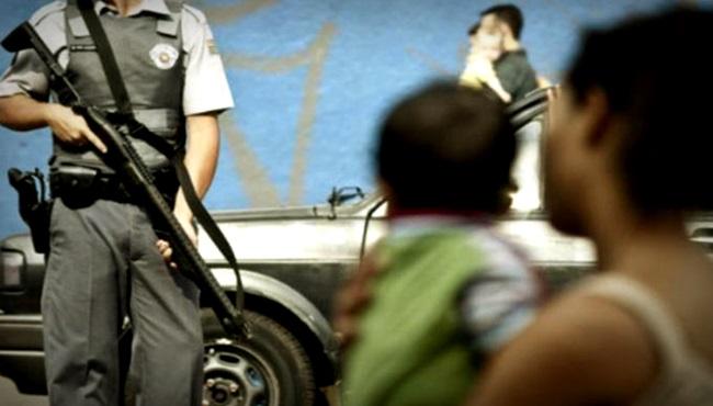 Interceptação telefônica falência da polícia combate ao crime