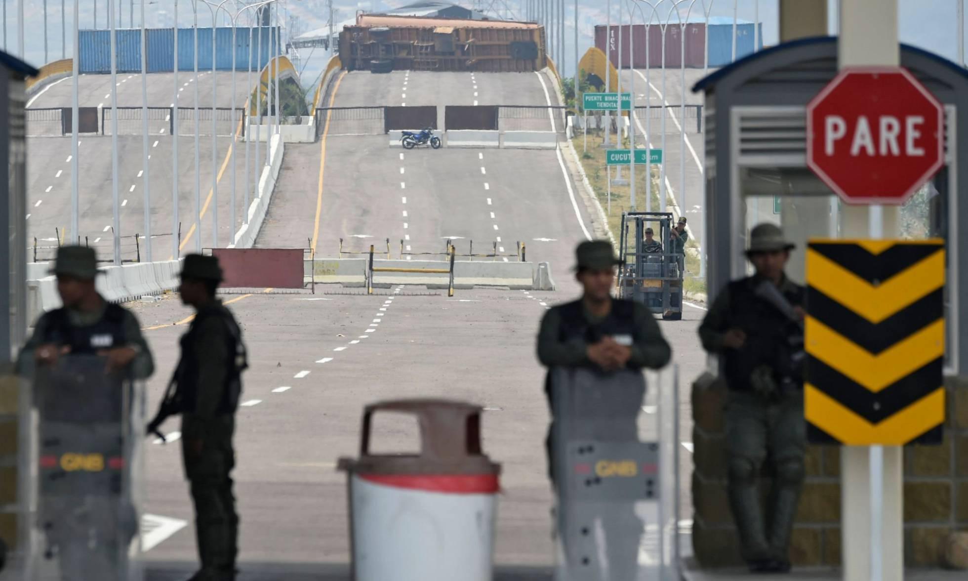 fronteira venezuela ajuda humanitária