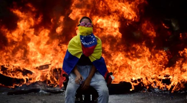 maldição dos recursos naturais Venezuela petróleo