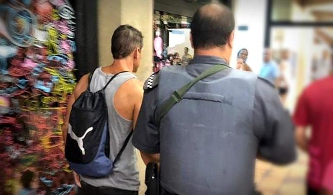 Menino estuprado box de vestiário parou de se alimentar
