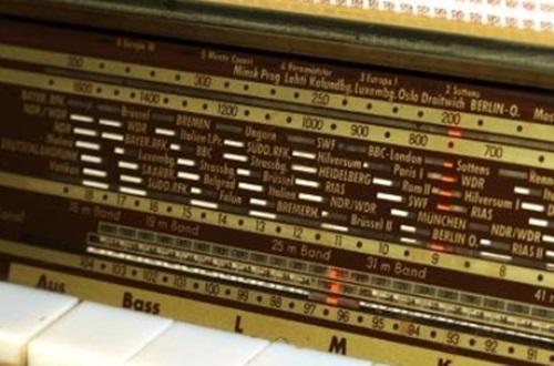 ondas de rádio e os problemas para uma configuração de terra esférica