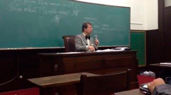 professor da USP Gualazzi
