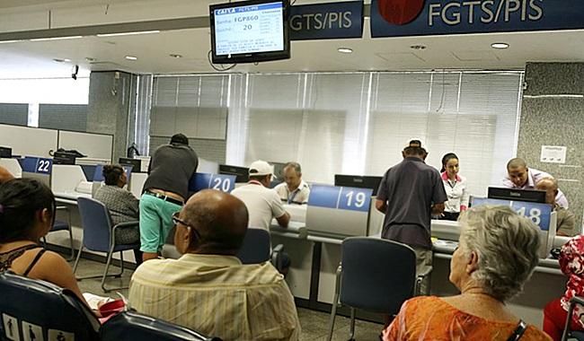 Reforma da Previdência corta abono PIS/Pasep trabalhadores