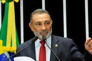 senador-roraima-brasil-gasolina-venezuela